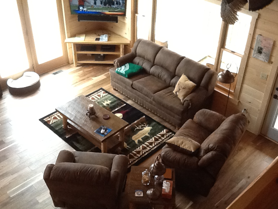 Overview of Lodge Living Room set